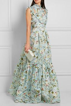 Mens Fashion Tips .Mens Fashion Tips Floral Print Gowns, Printed Gowns, Floral Gown, Cute Dresses, Beautiful Dresses, Casual Dresses, Summer Dresses, Dress Outfits, Fashion Dresses