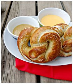 GIMME!! Homemade aunt Anne's pretzels with honey mustard and cheese sauce. Other recipes for digging sauces on the webpage. SHUT THE FRONT DOOR