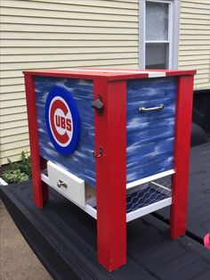 Wooden Chicago Cubs cooler Wood Cooler, Diy Cooler, Bar Plans, Coolers, Chicago Cubs, Small Towns, Toy Chest, Etsy Seller, Create