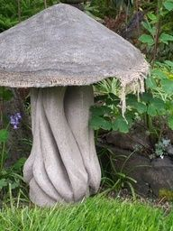 Love the ideas on this website for hypertufa garden art!