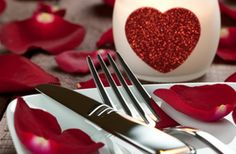 Sunday Roast for £9.95 Offer applies to Set menu. Maximum of 10 diners. Includes VAT, excludes service. Valid For: 1 - 10 people Starts: 10 January 2014 Ends: 31 January 2014 Availability Sun 12:00-15:00 Valentine's Day: 3 courses & bubbly for £29.95 Dinner Special: 2 course set menu for £14.95 & Lunch Special: 2 course set menu for £14.95 @ Salerno's Restaurant London Bridge SE1 http://www.toptable.co.uk/salernos
