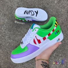 Cute Nike Shoes, Cute Nikes, Adidas Shoes, Sneakers Nike, Nike Shoes Air Force, Air Force Sneakers, Painted Sneakers, Swag Shoes, Art Shoes