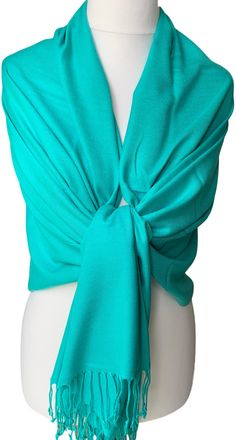 Large green pashmina wrap / shawl, excellent quality - 70% Cashmere, 30% Silk.  £13.99 with FREE UK Delivery  The pashmina drapes and falls beautifully due to its weight, softness and density of the weave, it can also be worn as a scarf, very versatile - the perfect fashion accessory.  Measurements approx : 71 inch / 180 cm in length excluding the tassel trim and 30 inch / 75 cm in width. Prom Accessories, Fashion Accessories, Pashmina Wrap, Prom Outfits, Oversized Scarf, Free Uk, Shawls And Wraps, Weave, Tassel