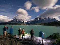 Patagonia chilena: Lago Pehoe, las torres del Paine y un resalte de la constelación de Orión