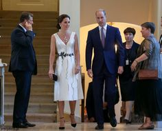 First Look: Kate in Polish Designer & Pearls!