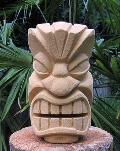 My first tiki (statue/sculpture) Foam Carving, Tree Carving, Wood Carving Art, Wood Art, Tiki Maske, Tiki Faces, Tiki Head, Tiki Art, Tiki Tiki