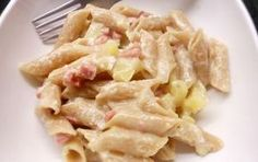 Gratin de pâtes façon raclette WW, recette d'un bon plat de pâtes au jambon et au fromage à raclette, facile et simple à réaliser pour un repas accompagné d'une salade variée.