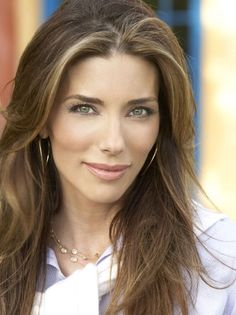 It struck me the other day that an ingredient that inhibits expression lines from forming might be a bit wasted in a night cream unless you have wild dreams . Jennifer Flavin, Sylvester Stallone, She Is Gorgeous, Beautiful Women, Aging Process, Celebrity Beauty, Aging Gracefully, Celebs, Celebrities