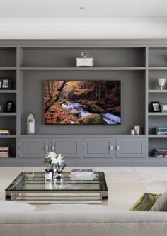 Ways to Create a Comfortable TV Room Design - WEB visit Built In Shelves Living Room, Built In Wall Units, Living Room Wall Units, Home Living Room, Living Room Designs, Tv Living Rooms, Tv Wall Units, Interior Design Living Room, Living Room Decor