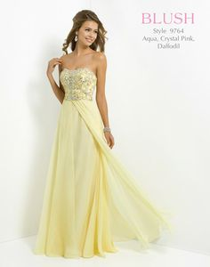 Party in chiffon with this stylish prom dress by Blush Prom Homecoming Dresses For Sale, Prom Dresses 2016, Unique Prom Dresses, Beautiful Dresses, Women's Dresses, Ball Dresses, Wedding Dresses, Blush Prom Dress, Coral Bridesmaid Dresses