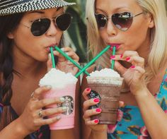 Starbucks w/ bff Best Freinds, Best Friends For Life, Cute Friends, Best Friend Goals, Best Friends Forever, My Best Friend, Photos Tumblr, Best Friend Photography, Sister Photography