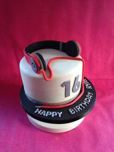 Headphones cake