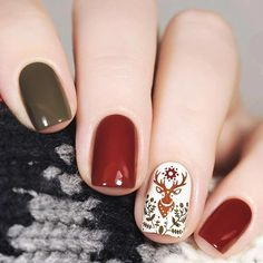 80 Gorgeous Christmas Nail Art Designs To Beautify The Moment - Page 113 of 160 - CoCohots Xmas Nails, Holiday Nails, Christmas Nails, Christmas Time, Christmas Ideas, Christmas Nail Art Designs, Winter Nail Designs, Seasonal Nails, Trendy Nail Art