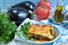 musaka - bakłażany, ziemniaki, czosnek, mielona wołowina, zapieczone pod kremowym beszamelem. Przepyszne danie kuchni greckiej.
