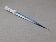 Italian bone hilted medieval rondel dagger