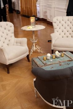 Cocktail hour - want these chairs for my office!! Romantic, gorgeous!! Glamorous!! Luv!!