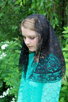 Evintage Veils~ Traditional Black Vintage Inspired D Shaped  Mantilla Chapel Veil (Soft) by EvintageVeils on Etsy