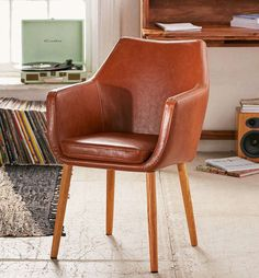 Small Accent Chairs For Living Room Comfortable Accent Chairs, Small Accent Chairs, Accent Chairs For Living Room, Home Living Room, Apartment Living, Saddle Chair, Urban Outfitters Home, Sofa Shop, Bedroom Chair