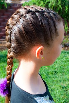 Princess Piggies: Friday's Film: Layered Triple French Braid