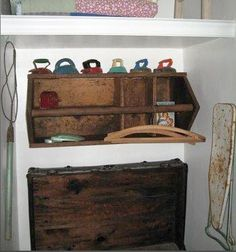 DIY Craft Projects organize organization - Trash to Treasure - Architectural Salvage Old Tool Boxes, Wooden Tool Boxes, Wooden Crates, Wooden Spools, Decorating With Junk, Home Crafts, Diy Crafts, Old Tools, Trash To Treasure