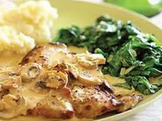 make sure to get good cut off veal and pounding it is necessary. This delicious veal scaloppine dish is topped with an impressive mushroom marsala sauce and is ready in 30 minutes. Veal Scallopini, Veal Cutlet, Chicken Scallopini, Sauce Recipes, Wine Recipes, Cooking Recipes, Italian Dishes, Salads, Gastronomia