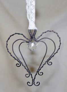 Krokpärla Luffarslöjd - Hjärta hängande i spets