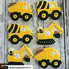 Loving these cookies with our truck cutters! with ・・・ Love these construction truck sugar cookie party favors! What a sweet treat! Construction Cookies, Construction Birthday Parties, Construction Party Favors, Digger Birthday Parties, Birthday Party Themes, 3rd Birthday, Digger Birthday Cake, Birthday Ideas, Cookie Party Favors