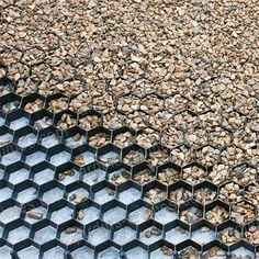 Stabilisateur de gravier drainant et 100% recyclé - Allée, chemin, gravier - Jardin Bio