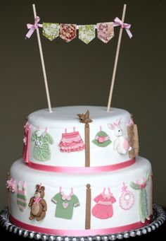 Cupcake: E as meninas continuam a festejar!!