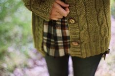 Green cardigan, plaid button up with dark skinnies