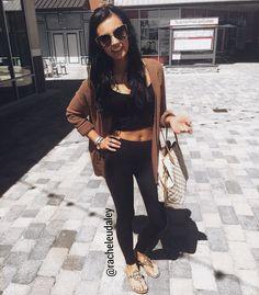 Spring fashion casual crop top leggings Louis Vuitton Tory burch sunglasses  @racheleudaley