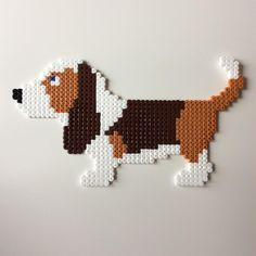 "27 Likes, 4 Comments - Perler Beads (@_the_creative_girls_) on Instagram: ""#bassethound #basset #creative #hama #hamabeads #creativity #beads #creative…"""