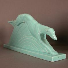 Art Deco figure. Greyhound. France. 1930 - 1935.