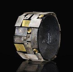 Bracciale Perimetri - Gigi Mariani - Italia - Realizzato in argento 925 ossidato, niello e oro giallo