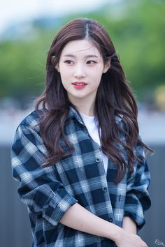 South Korean Girls, Korean Girl Groups, Hair Colour Design, Jung Chaeyeon, Elegant Girl, Girls Fashion Clothes, I Love Girls, Cute Korean, Celebs