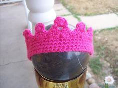 Free 0-3 month Crochet Crown Pattern, stolen from @Stephanie Fox's blog.  I wonder if I could expand it to be big enough for my 2 year old.