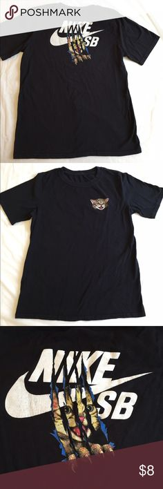Nike Kitty t shirt Nike SB tee in boys extra large. Black cotton tee shirt. Slight fading from washing. No stains. Great used condition. Thanks! Nike Shirts & Tops Tees - Short Sleeve
