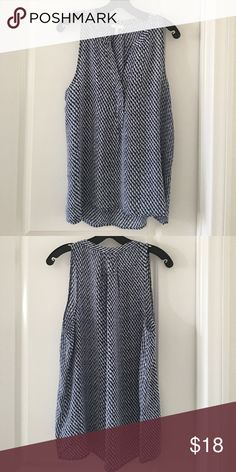 NEW w/o tag Joie Blue Printed Silk Top NEW w/o tag Joie Silk Print Top, Size M, pullover style, sleeveless, split neckline, pleated back, silk Joie Tops Blouses