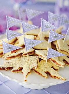 Castle shaped pb & j sandwiches (use a cookie cutter)