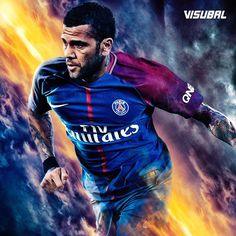 PSG have confirmed the signing of Dani Alves from Juventus. The Brazilian has signed a 2 year deal.  @danialves23