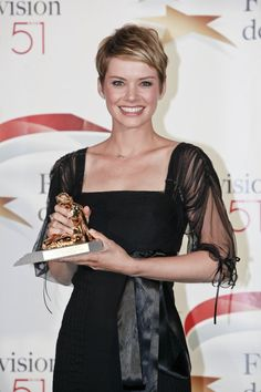 Andrea Osvart wins the Golden Nypmh Award as Best Actress at the 51th International Montecarlo TV Festival (2011)