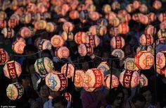 Korean festival May Full Moon, Lanterns, Buddha, In This Moment, Beautiful Things, Happy Birthday, Korean, Asian, Culture