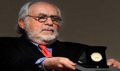 Arturo Ripstein recibe el Cabrito de Plata que otorga FIC Monterrey