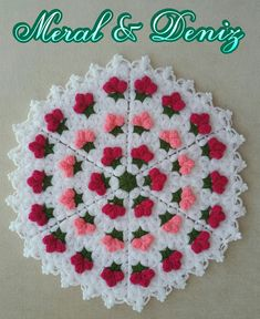 This Pin was discovered by HUZ Doily Patterns, Crochet Patterns, Yarn Crafts, Diy And Crafts, Crochet Baby, Knit Crochet, Crochet Designs, Washing Clothes, Doilies