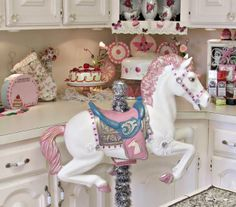 Penny's Vintage Home: Spring Horse Transformation
