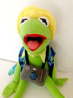 Nanco Jim Henson Muppets Kermit The Frog TOURIST Hawaiian Shirt Camera Plush US $7.99 Used in Toys & Hobbies, Stuffed Animals, Other