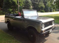 ▒ topless in chicago ▒ international scout 80 ▒