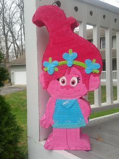 trolls-pinata-poppy-pinata-trolls-party