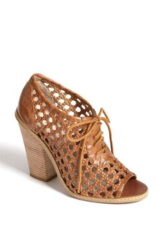 Head over heels Hinge® 'Basket' Lace-Up Pump