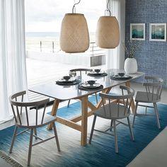 Une table à manger bi-matériaux, AM.PM. Grande Table A Manger, Am Pm, Glass Table, Marble Tray